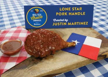 Meat lovers are in for a treat with this hearty helping of deliciousness. The Lone Star Pork Handle takes a hand-cut bone-in pork chop, marinates it with a rich pork rub, then dips it in batter made from Texas' own Lone Star Beer®. The seasoned pork chop is then smothered in toasted bread crumbs and deep fried to a crisp, golden brown. Finished off with a coat of bourbon barbeque glaze, this savory dish will leave you nothing short of satisfied. As defined in its name, the bone serves as a handle, making this item convenient and easy to carry!